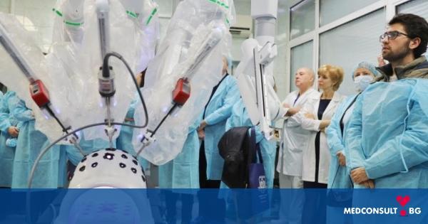 """В УМБАЛ """"Света Марина """" Варна  се проведе ден на отворените врати в центъра за роботизирана хирургия"""